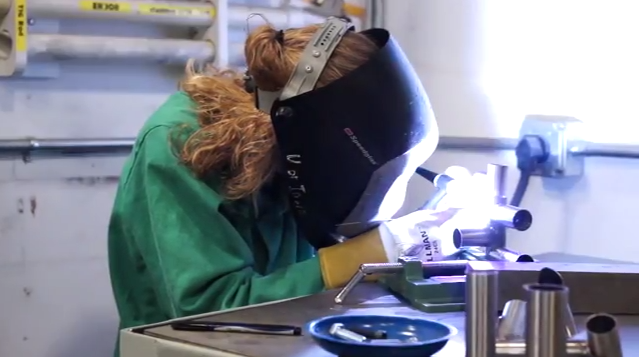 20150209mo-allison-kindig-uiowa-university-of-iowa-engineering-welding
